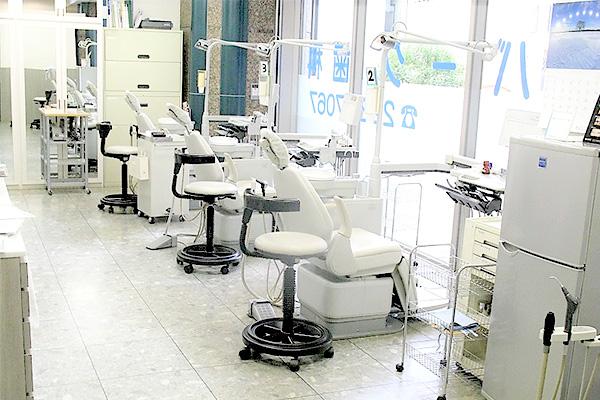リバーク歯科