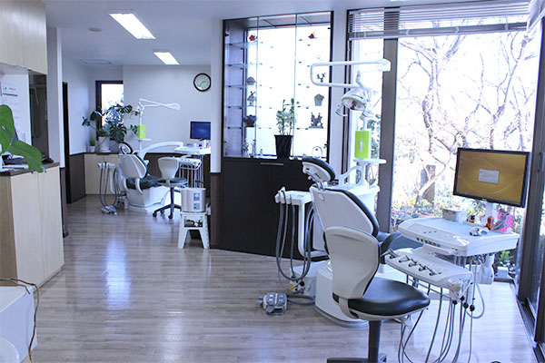 岸歯科医院